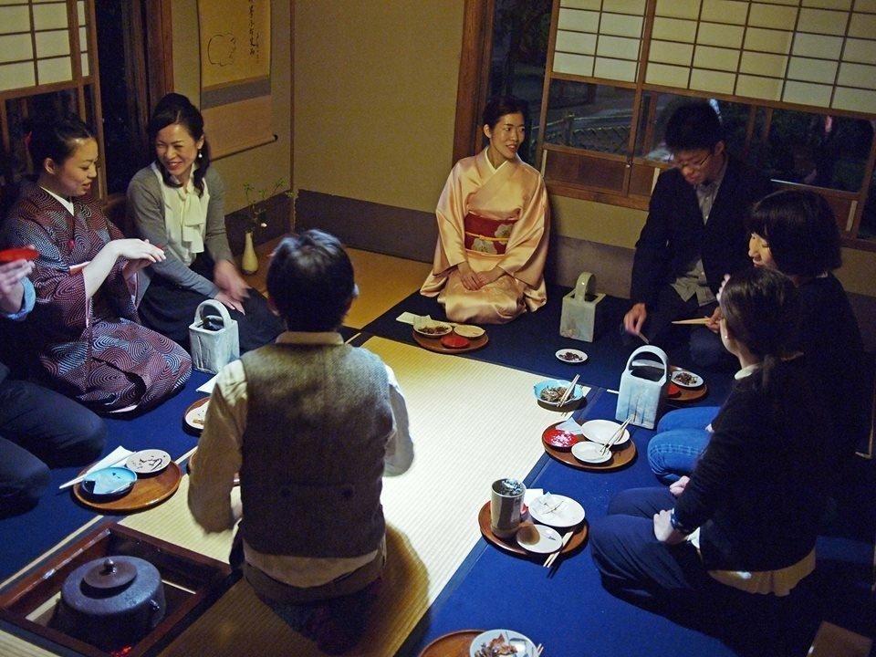 Japanese food etiquette - comportment